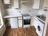 CHEAPEST 1 BEDROOM FLAT WITH LARGE LOUNGE IN BRICK LANE IDEAL FOR COUPLES, 10 MIN TO LIVERPOOL ST