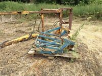 FORD 3000 TRACTOR LOADER AND BRACKETS