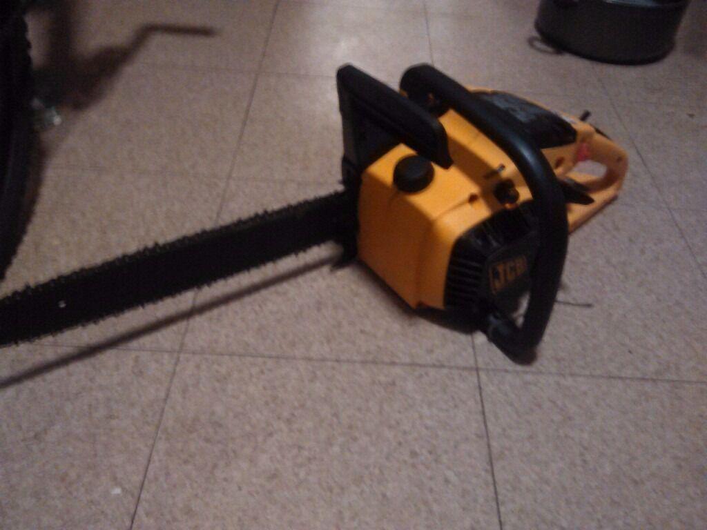 JCB Professional petrol chain saw
