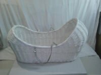-noah pod shape-moses basket and stand