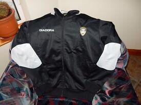 Coleraine Football Club Mens Diadora black and beige jacket, Size medium