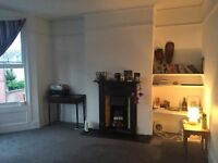 URGENT massive double room in beautiful victorian house with garden