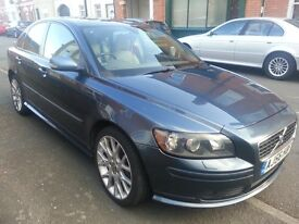 VOLVO S40 D5 SPORT AUTOMATIC