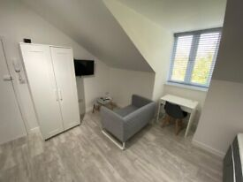 Fully furnished studio flat large studio flat in Hove close to Hove Station