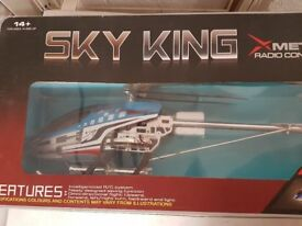 Radio Controlled Helicopter SKY KING GYRO 3.5Ch --- HUGE sized
