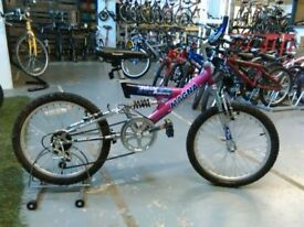 GIRLS MAGNA SPEED QUEEN BIKE 20 INCH WHEELS 6 SPEED FULL SUSPENSION PURPLE/PINK VERY GOOD CHRISTMAS?
