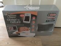 Tommee Tippee DIgital Video Baby Monitor & Sensor Pad Closer to Nature