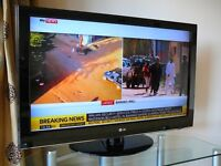 "LG 32"" tv with freeview"