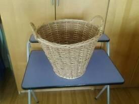Wicker log basket