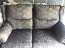 BRAND NEW 2 SEATER SETTEE BROWN