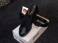 Brand New Black Brouge safety Shoes Size 12