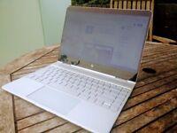 HP Spectre X360 (13-w023dx) | i7 7th Gen | 16GB RAM | 512GB HDD | Full HD Touchscreen | Convertible