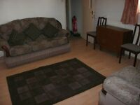 double room furnished drewry lane £70 per week including bills