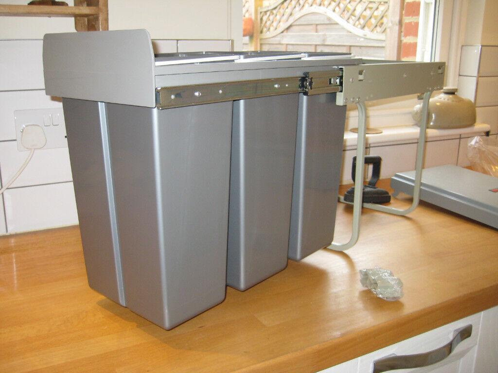 Kitchen built-in waste bins