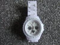 a ladies redherrinh watch