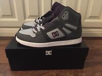 DC Shoes - Size 10