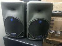 Mackie srm350 Active Speakers (Not rcf, jbl, behringer, peavey, ev, qsc, yamaha .....)