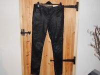 Black wet-look Jeans