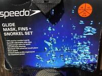 Speedo Glide Mask, Fins and Snorkel Set for U.K. Size 10.5 to 11.5 (male)