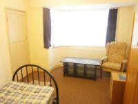 Patchway Worthing Road Single Room For Rent in House For 3