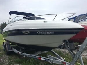 1999 Four Winns Sundowner 225