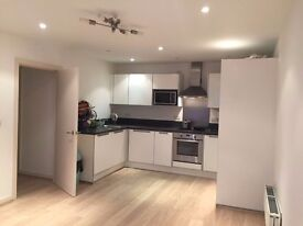 2 BED 2 BATH FLAT IN A PRIVATE GATED PROPERTY