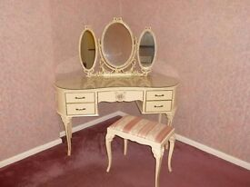 Louis XV Style Cream & Gilt Bedroom Furniture Set