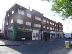 Perivale Medway parade 2 bed separate living room and separate kitchen