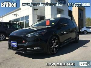 2015 Ford Focus ST  - Leather Seats -  Bluetooth -  Heated Seats
