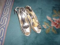 Gold Monsoon dress shoes size 6 /39