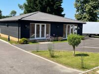 800 SQ FT SELF CONTAINED STUDIO WORK SPACE / OFFICE IN WEST KINGSDOWN, SEVENOAKS