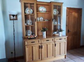 Large solid oak dresser. Excellent condition