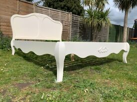 Pretty Schreiber Alysa French Style White 4ft6 Double Size Bed – Great Condition