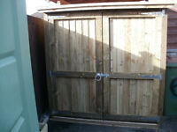 fence panels direct (new) heavy duty quality. storage shed