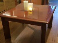 Lovely Deep Mahogany Vintage Coffee Table Bargain £20