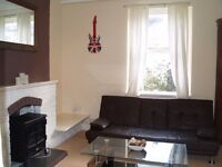 TO LET. 1 Double bedroom flat, Staddon Cottages, Plymouth, PL1
