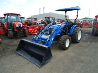 2012 New Holland BOMMER 40 tracteur loader