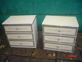 PAIR OF BEDSIDE 3 DRAWER CHESTS