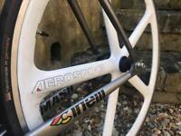 Aerospoke Encore carbon white bike wheel