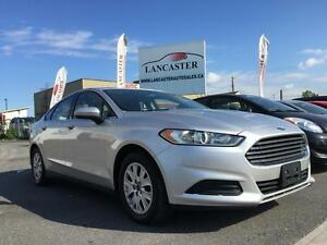 2013 Ford Fusion  Bluetooth/Steering Wheel controls etc!