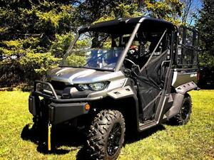 2016 Can-Am Defender XT HD10 LOADED London Ontario image 1