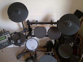 Electronic drum kit - Roland TD12