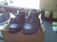 Men's shoe ( SKECHERS) size UK7/EU41,,,,Still in box