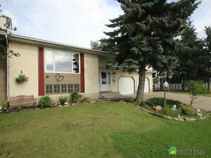 $425,000 - Split Level for sale in Sherwood Park Strathcona County Edmonton Area image 1
