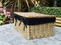 picnic type basket