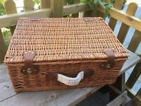 Picnic Basket. Good condition and perfect for picnics and proms!