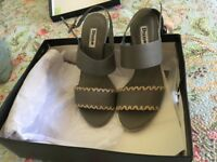 Unworn Dune Shoes. Grey leather with contrast stitching. Excellent condition.