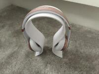 Beats Solo 3 Wireless Headphones - great condition