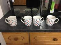 Set of 4 China cups