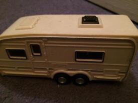 Plastic caravan